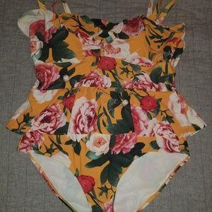 Torrid size 1 Floral Peplum Swimsuit